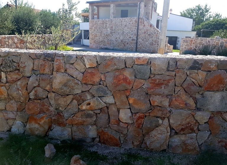 suhozid_kameni_zid